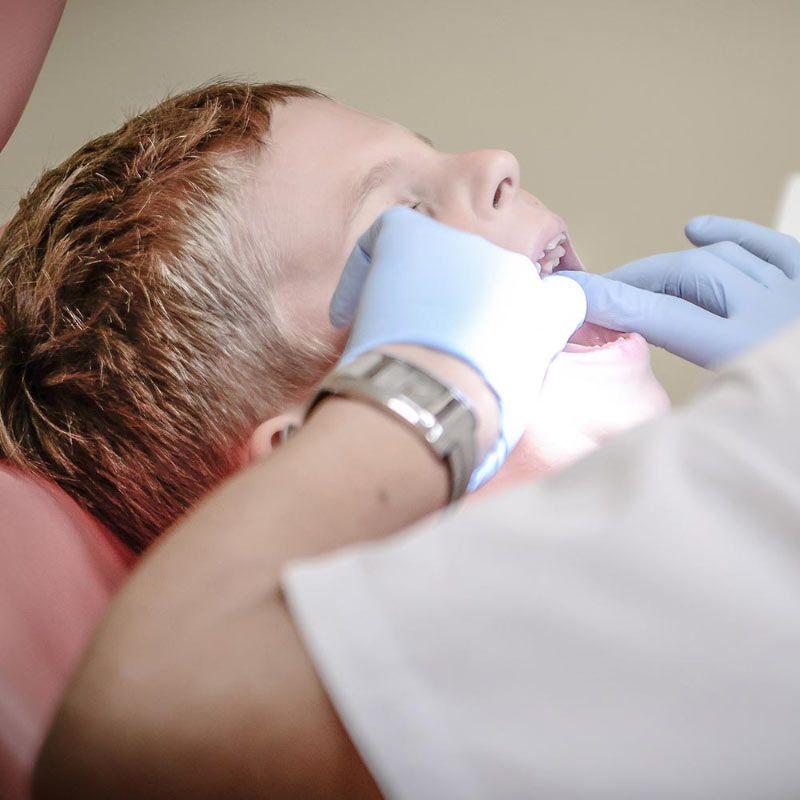 معاینه درمانگاه دندانپزشکی صدف فردیس